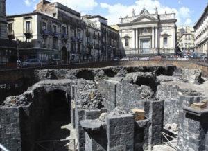 L'anfiteatro romano in piazza Stesicoro a Catania